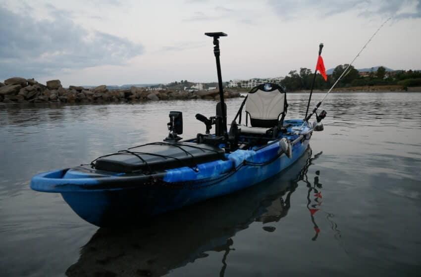 Fiskekajak med eller uden pedaler Fiskekajak med elmotor