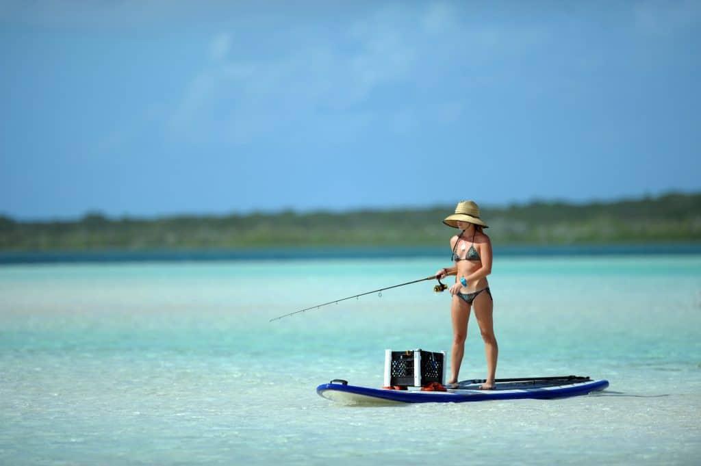 lystfiskeri fra SUP - surf